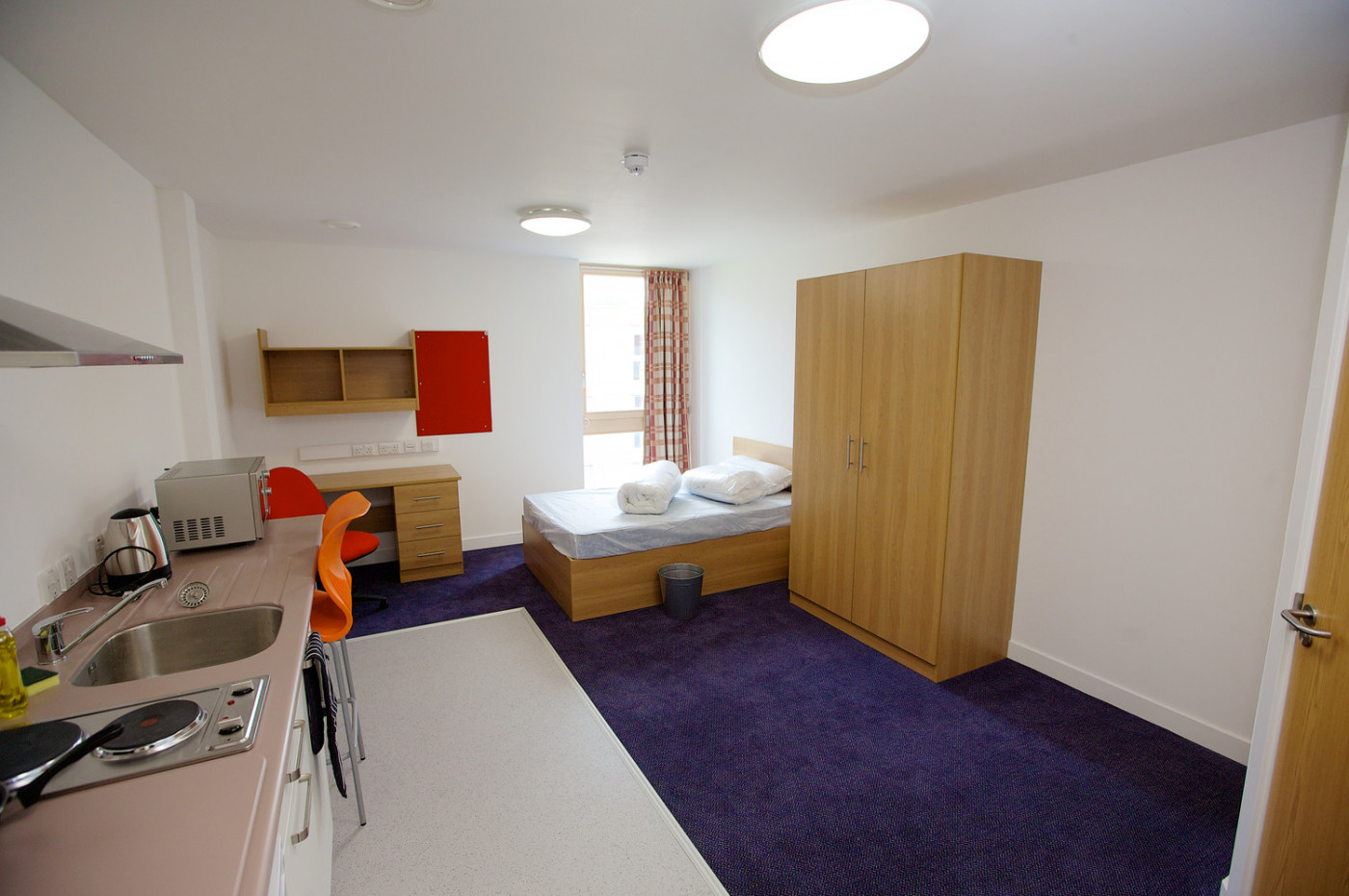 Studio room with private kitchen facilities